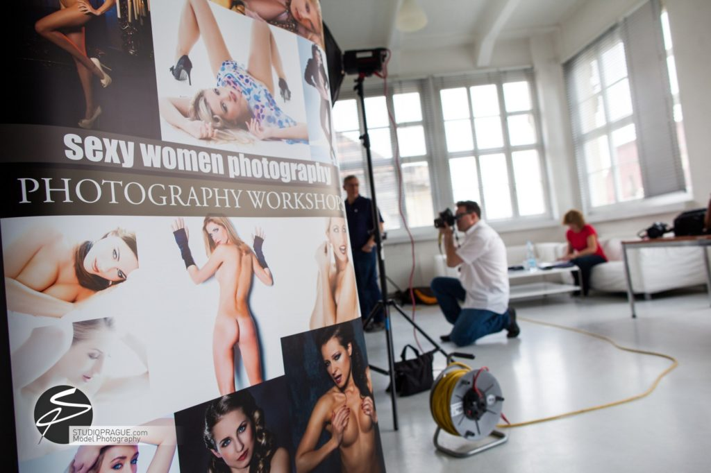 Private Nude Photography 2 Days EduShoot - StudioPrague Photo Workshops - Impressions & Behind The Scenes - B3 - 005
