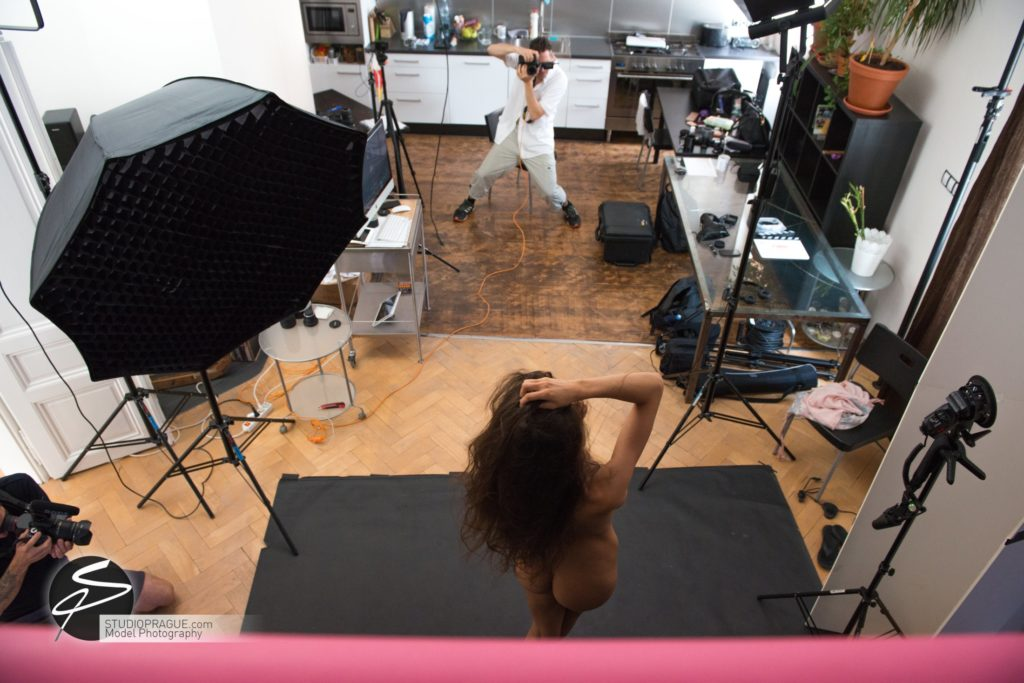 Behind The Scenes Impressions -Glamour Model Productions & Nude Photography Workshops - Creative Nudes - Dan Hostettler - 037