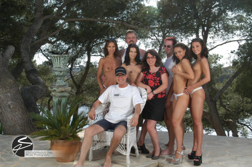 Behind The Scenes Impressions - Glamour Model Productions & Nude Photography Workshops - Dan Hostettler At Work Mixed - 052