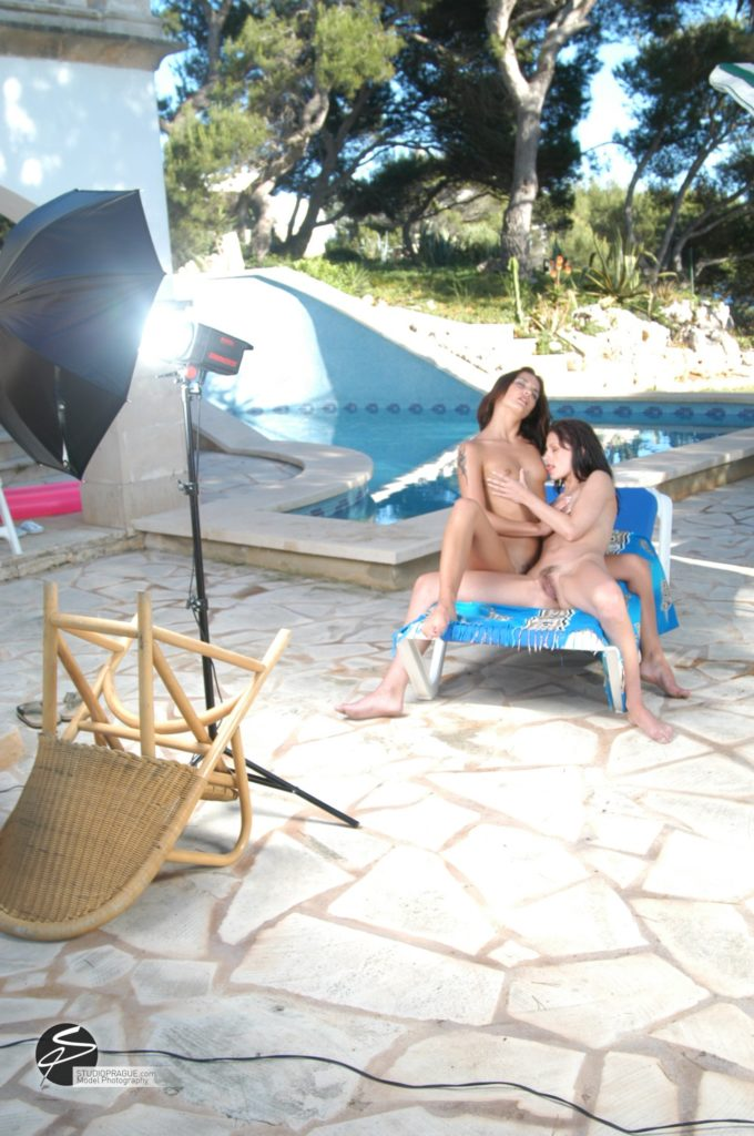 Behind The Scenes Impressions - Glamour Model Productions & Nude Photography Workshops - Dan Hostettler At Work Mixed - 054