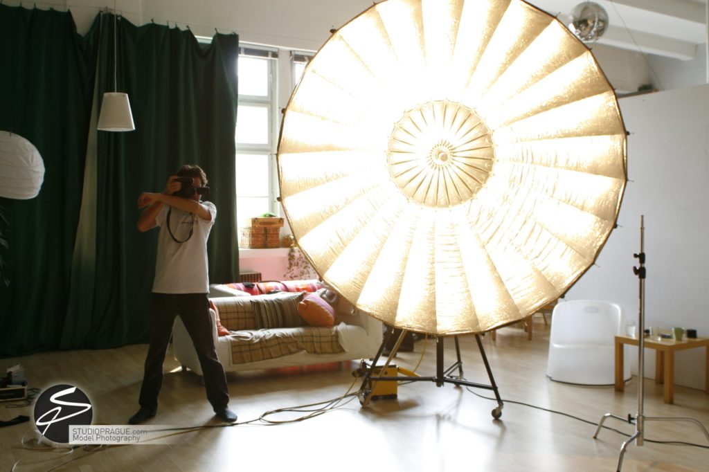 Behind The Scenes Impressions - Glamour Model Productions & Nude Photography Workshops - Dan Hostettler At Work Mixed - 065