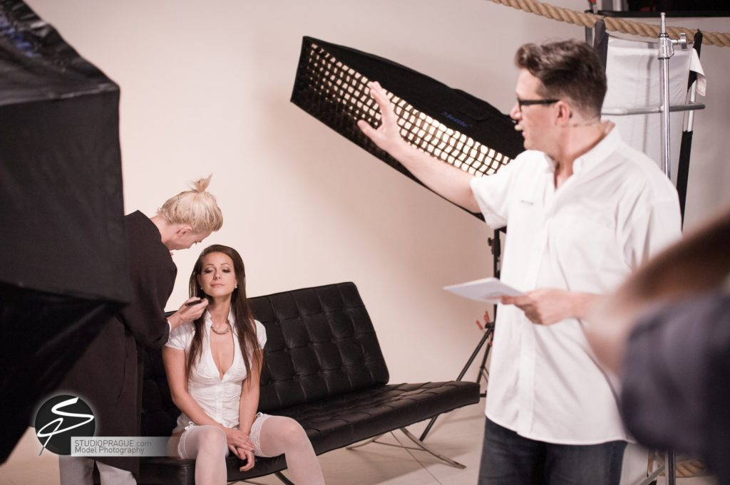 Behind The Scenes Impressions - Glamour Model Productions & Nude Photography Workshops - LIVE Photo Shoot Melisa Mendini - 004