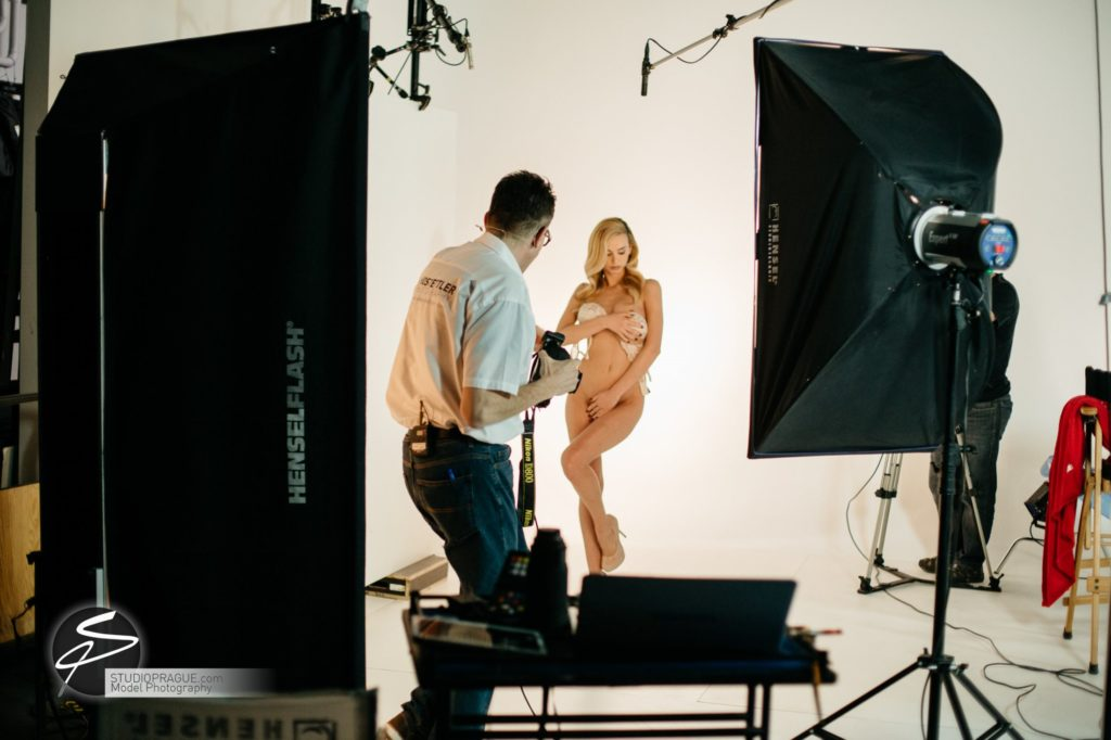 Behind The Scenes Impressions - Glamour Model Productions & Nude Photography Workshops - LIVE Photo Shoot Playmate Dominika & Art Nude Model Hanna - 018