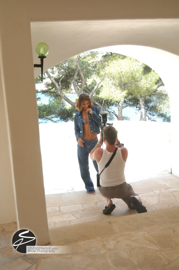 Behind The Scenes Impressions - Glamour Model Productions & Nude Photography Workshops - On Location Photography Dan Hostettler - 007