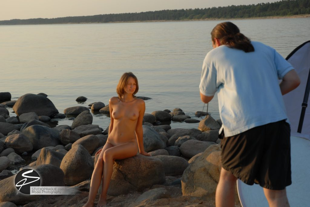 Behind The Scenes Impressions - Glamour Model Productions & Nude Photography Workshops - On Location Photography Dan Hostettler - 039